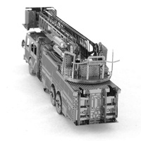 Metal Earth - 3D Metal Model Kit - Fire Engine