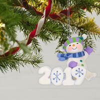 2019 Hallmark Keepsake Ornament - Frosty Fun Decade 2019