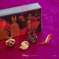 Disney X Short Story Pins Collection - Villains